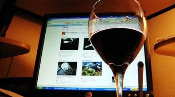 Онлайн-продажи алкоголя выросли на 42% за год