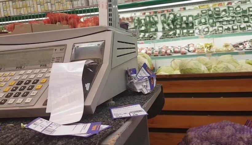 «Лента» уберёт накладки со всех весов после серии видео от покупателей