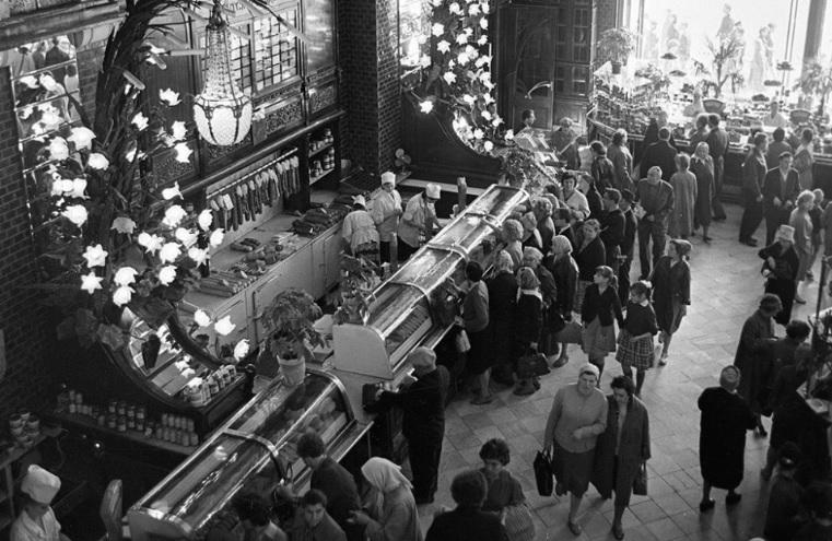 Легенды советской торговли: «Елисеевские» страсти