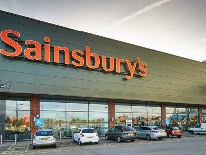 Walmart обсуждает слияние со второй по величине розничной британской сетью Sainsbury's