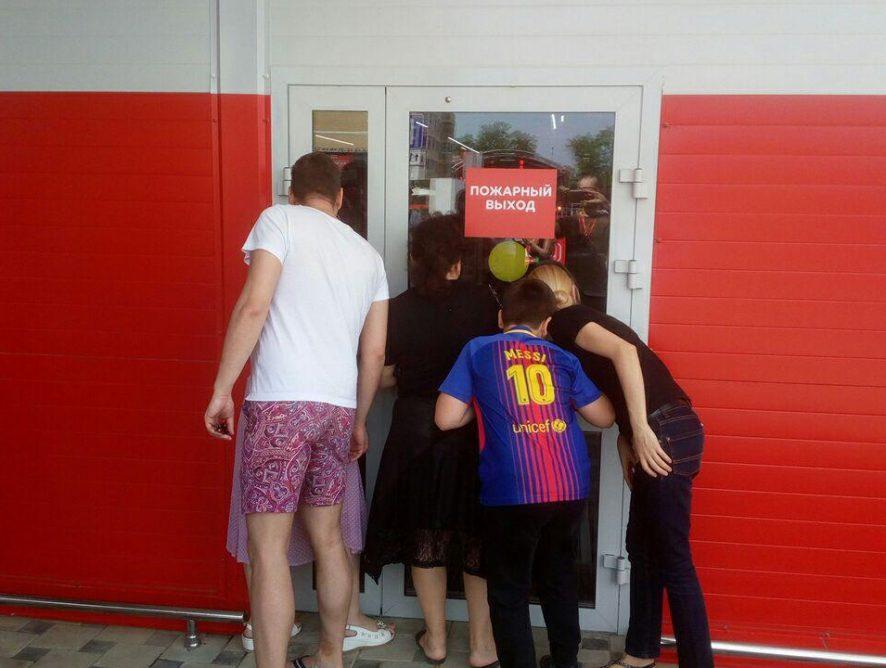 «Магнит» для Рональдиньо. Как знаменитый футболист исследовал окраины Краснодара