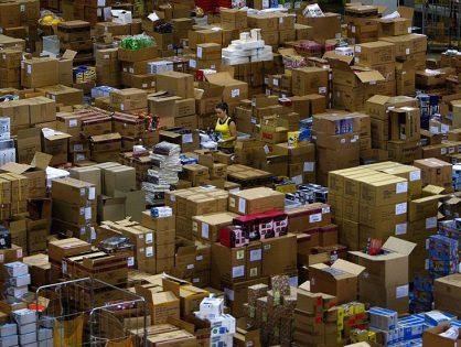 ФТС предложила правительству облагать пошлиной все покупки в зарубежных интернет-магазинах