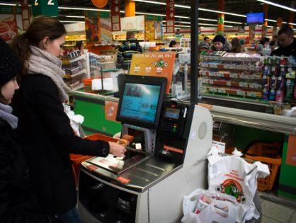 Поговори с ней: есть ли будущее у касс самообслуживания в России