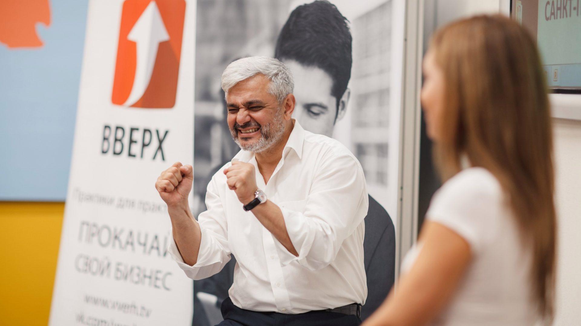 Владимир Маринович: «Что такое скрипты продаж? Зачем они нужны? Как создать свой набор фраз, помогающих продажам?»