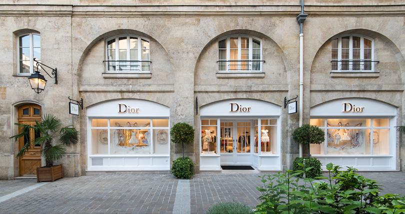 В России появятся монобрендовые магазины Christian Dior с косметикой и парфюмерией