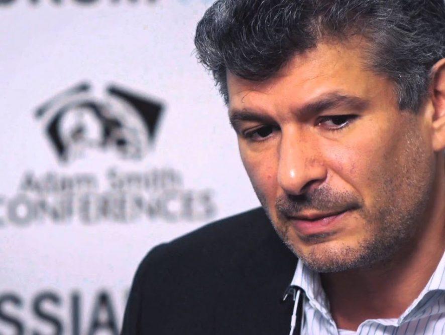 Протёк потолок: Александр Малис («Связной/Евросеть») стал героем скандальной светской хроники