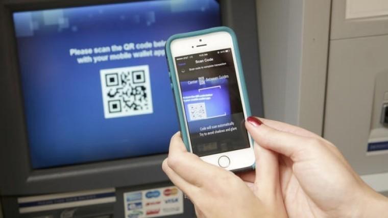 Mastercard предложила российским банкам сервис снятия наличных через QR-код