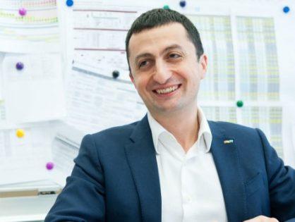 Бывший глава «Детского мира» Владимир Чирахов стал президентом АФК «Система»