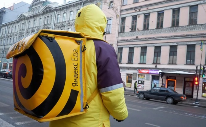 «Яндекс.Еда» до конца 2020 года обнулит комиссии на заказы самовывозом для ресторанов