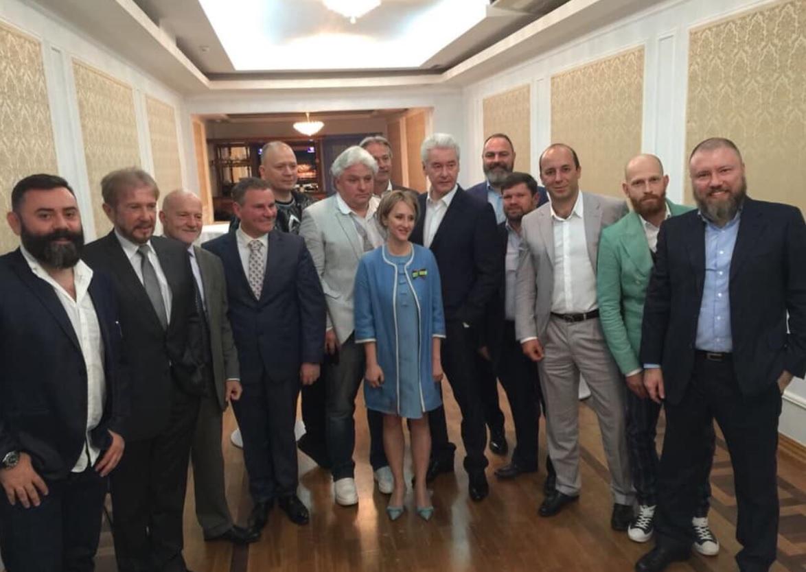 Как Анастасии Татуловой удается одновременно критиковать власть, защищать бизнес и лично мэра Москвы. Следите за руками