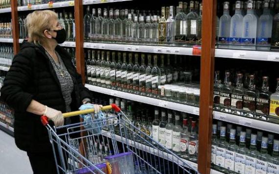 В России могут возникнуть перебои c поставками водки в магазины